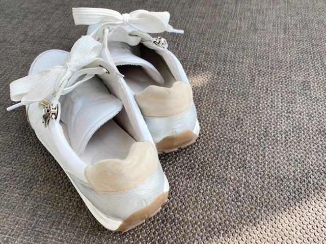 【スニーカーでおしゃれに見せるコツまとめ】アラフォーの2021夏 スニーカーコーデ実例|40代ファッション_1_40