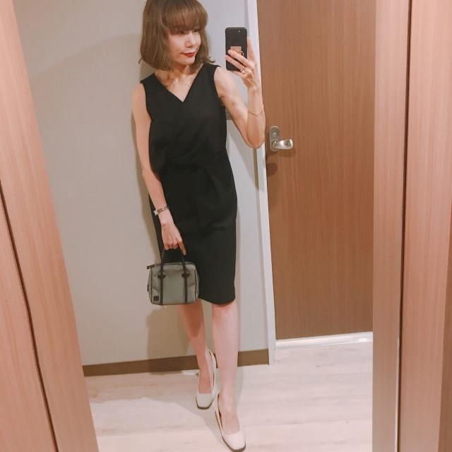 美容合宿の夜はOBLIのブラックドレスで♡_1_3-1