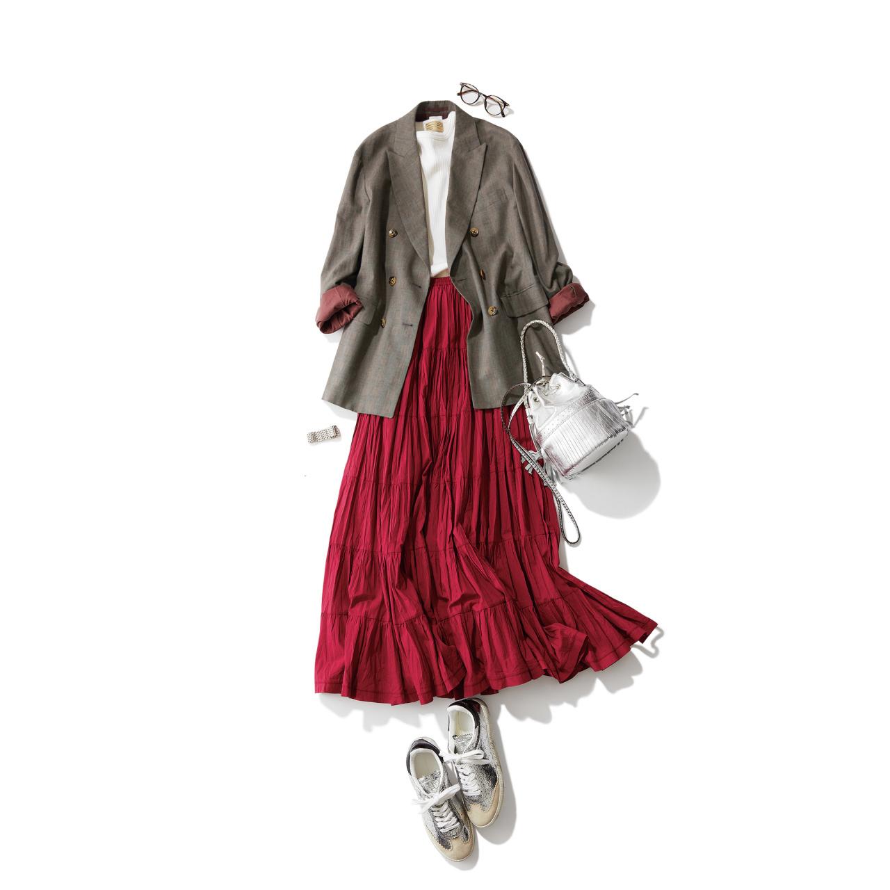 シルバースニーカー×ジャケット&スカートのファッションコーデ