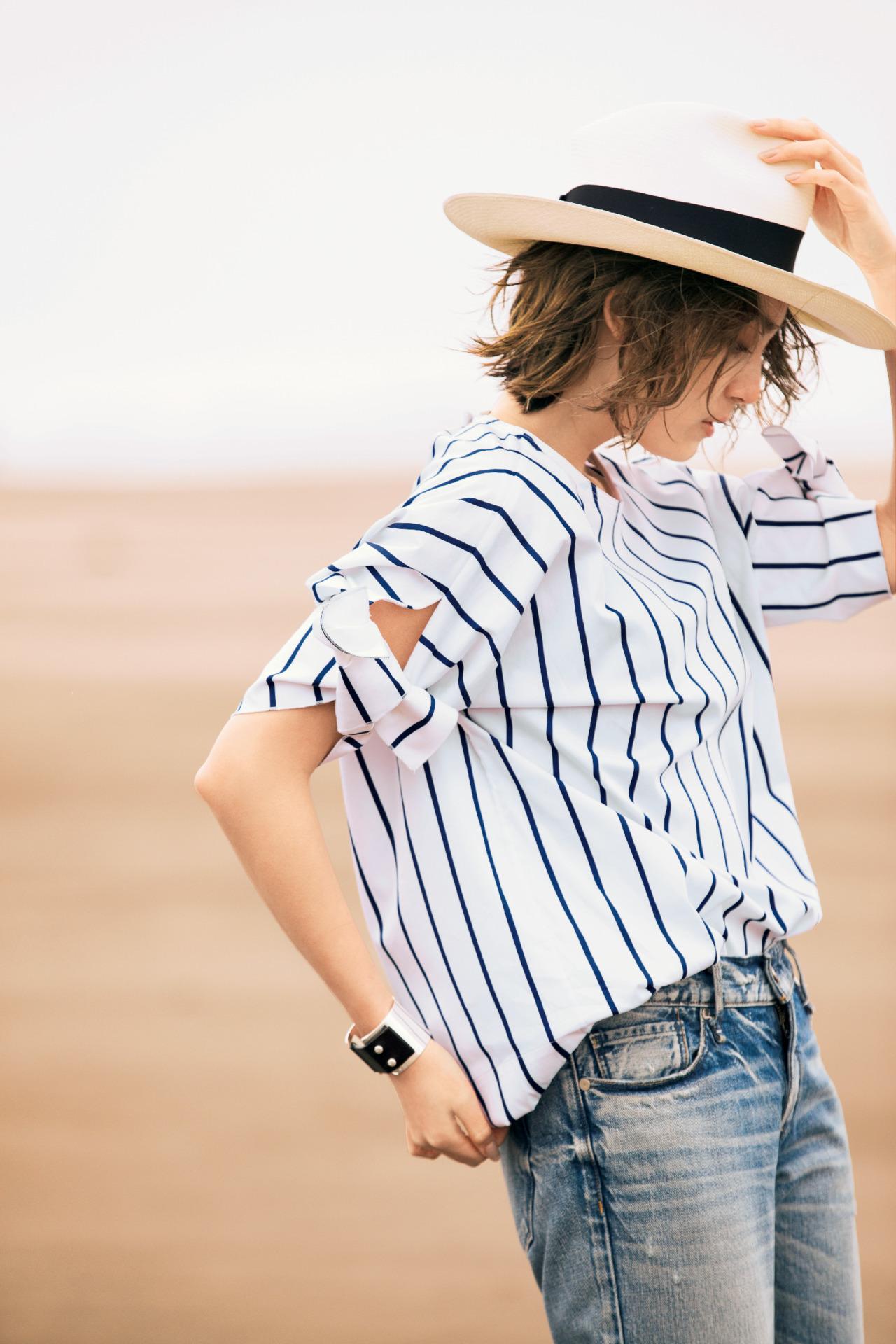 色、質感、フォルム…。女性を美しく見せるシャツ 五選_3_1