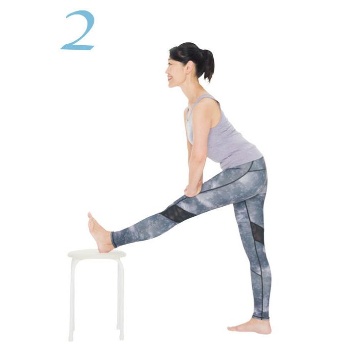 骨盤をしなやかにする方法3:ハムストリングス伸ばしのやり方2