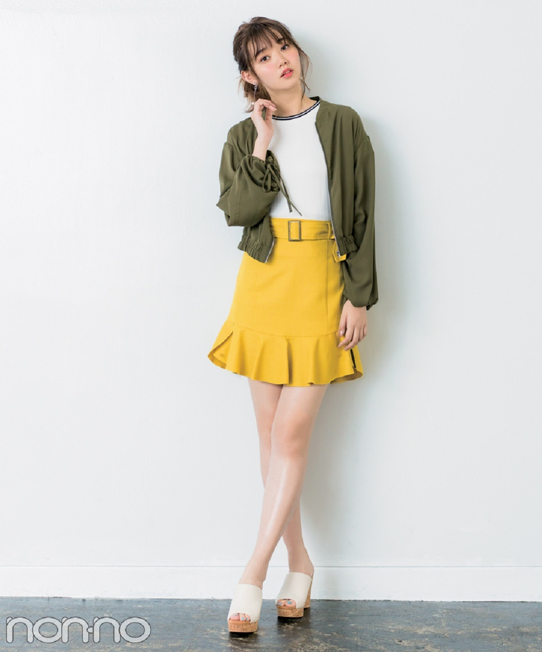 【夏のサンダルコーデ】鈴木優華は、ハッピーなピンク&チェックで憂うつな気分を一掃!新木優子はカジュアルなこなれ感と女らしさが両立チノベア♡