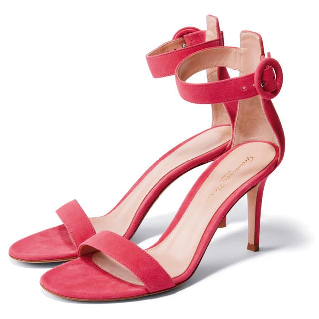 靴(H8.5cm)¥104,500/ジャンヴィト ロッシ ジャパン(ジャンヴィト ロッシ)