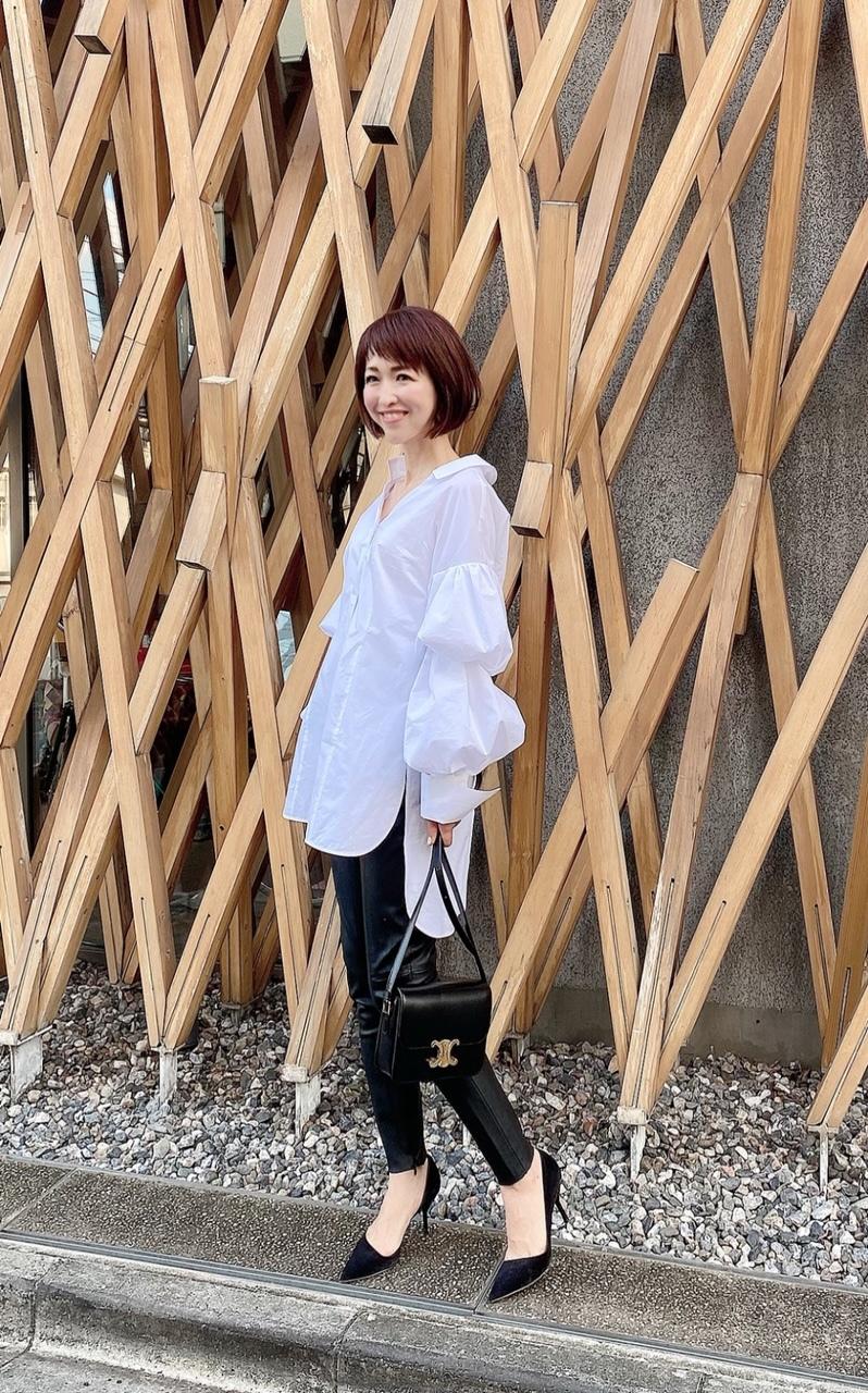 デコラティブな白シャツで華組ランチ_1_7