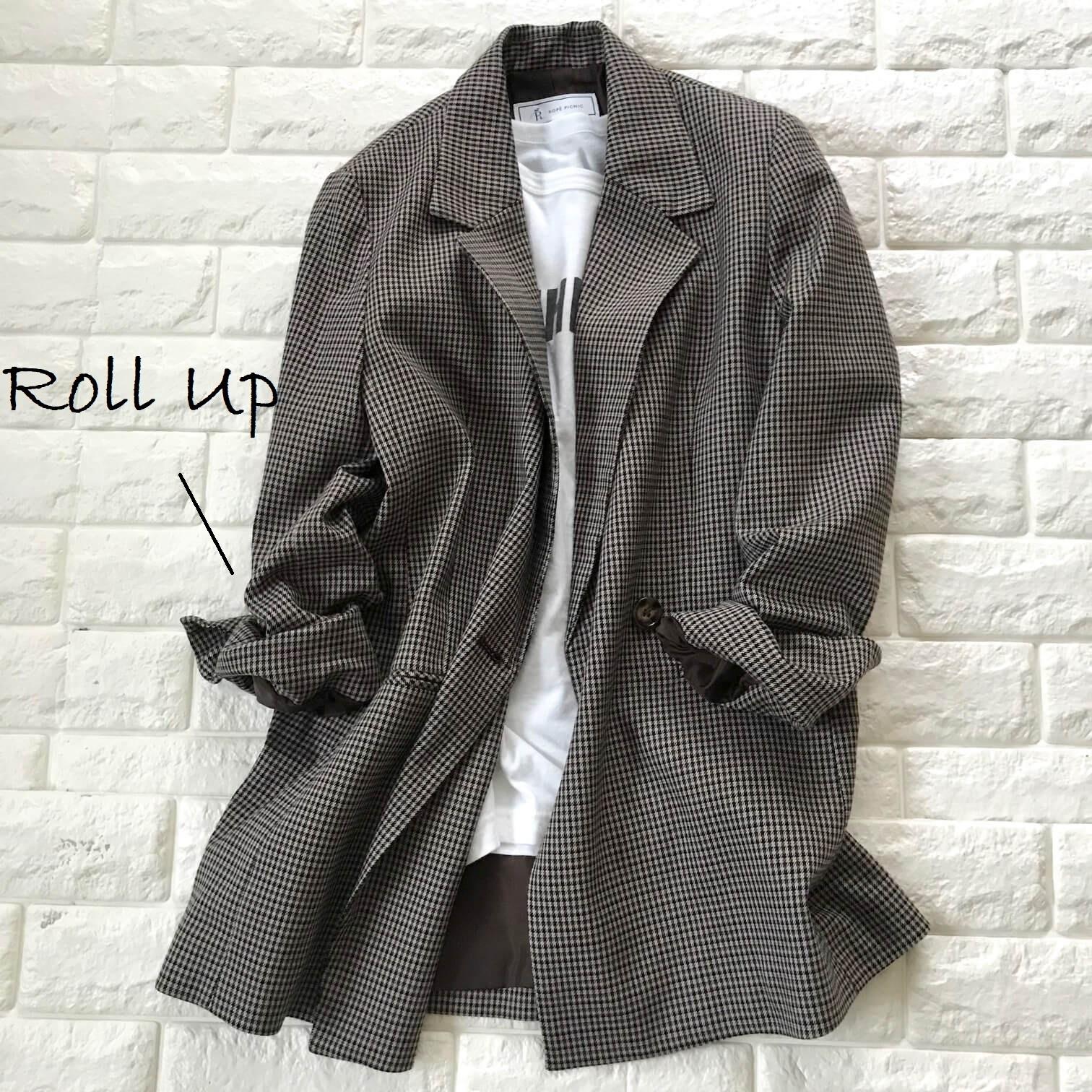 ロペピクニックのチェック柄テーラードジャケット×Tシャツ 袖をロールアップ
