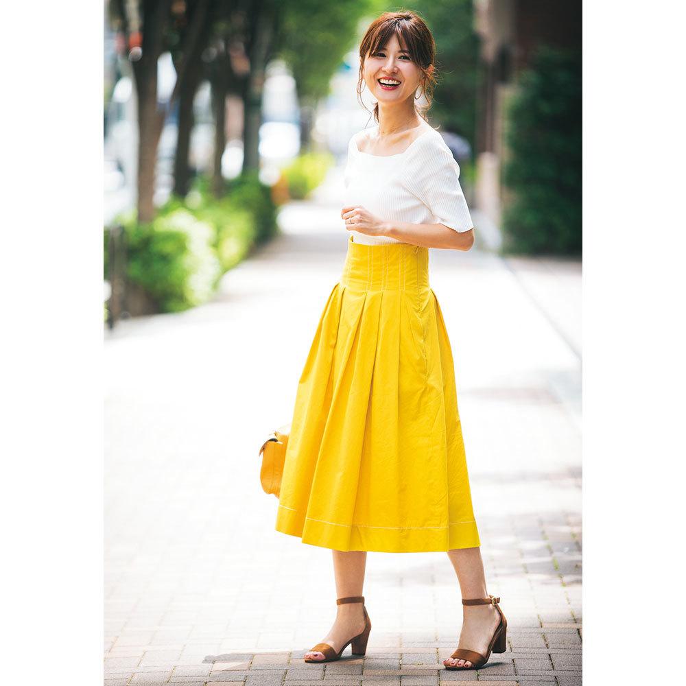 トレンドのきれい色は、華やかな笑顔と相性抜群【美女組ファッションSNAP】_1_1-4