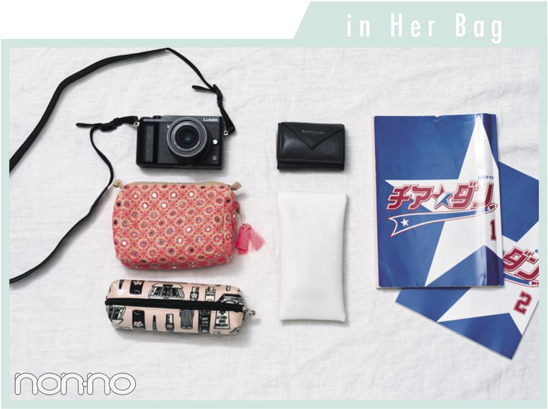 新木優子のお気に入り♡ ロエベのバッグ&バッグの中身を大公開!_1_2