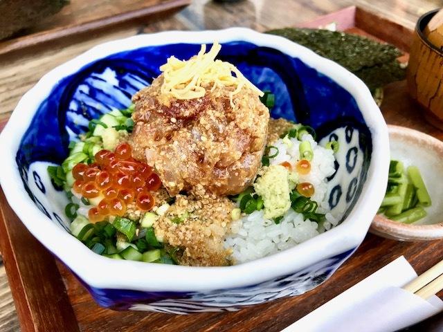 江ノ島 小屋の『まかない丼』