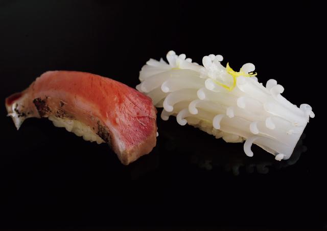 柚子と塩でいただくイカと皮目をさっと炙ったヤイトガツオ