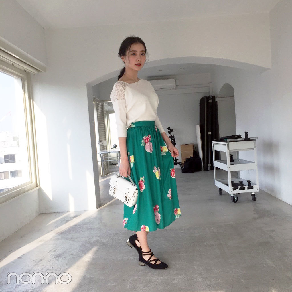 高田里穂はティティ アンド コーの花柄スカートを主役に春らしく♡【モデルの私服スナップ】_1_1