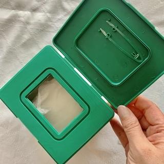CICAデイリースージングマスク 30枚入り パッケージの蓋を開けた状態