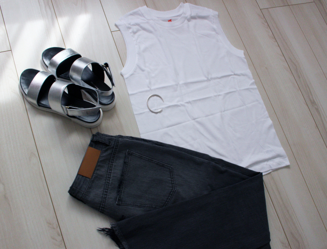 『Hanes』×『BIOTOP』ノースリーブTシャツで真夏を乗り切る♪_1_4