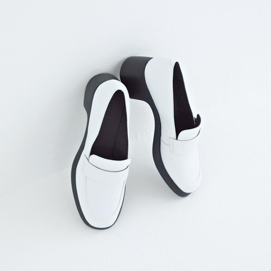 【おしゃれな足元コーデを叶える】2019のトレンドが詰まった「春靴」ガイド30_1_59