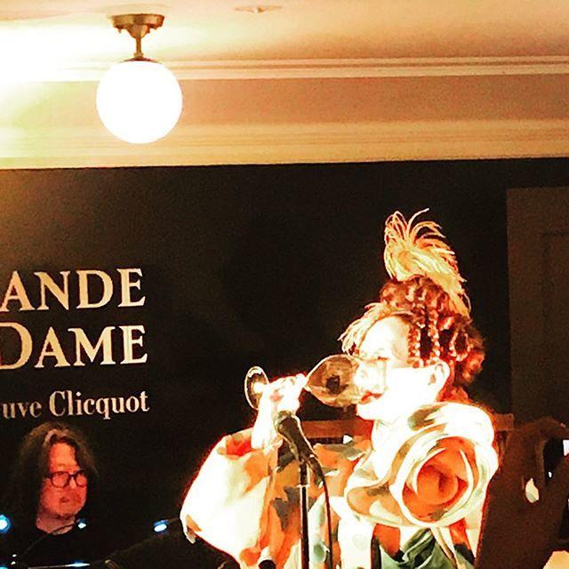 シャンパンのヴーヴ・クリコ『ラ・グランダム2008』のローンチレセプションに伺いました!_1_4