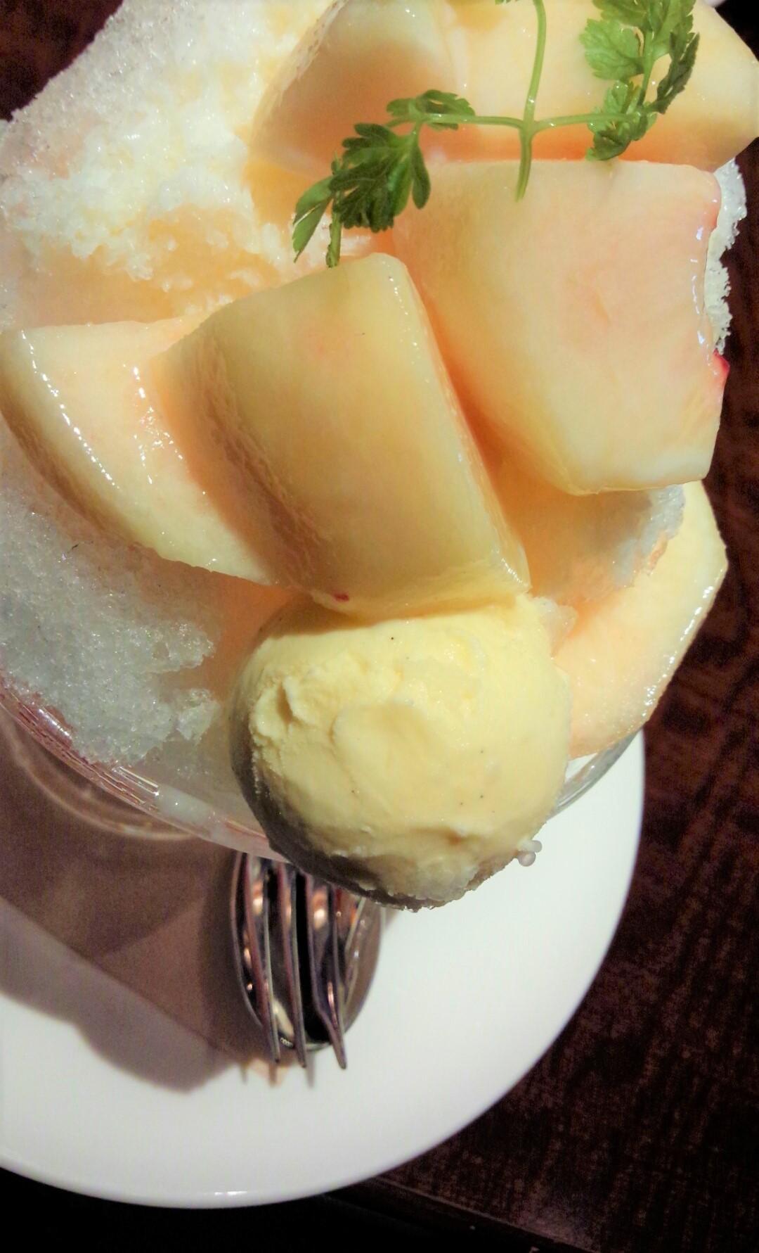 桃のミルクフラッペ_1_1