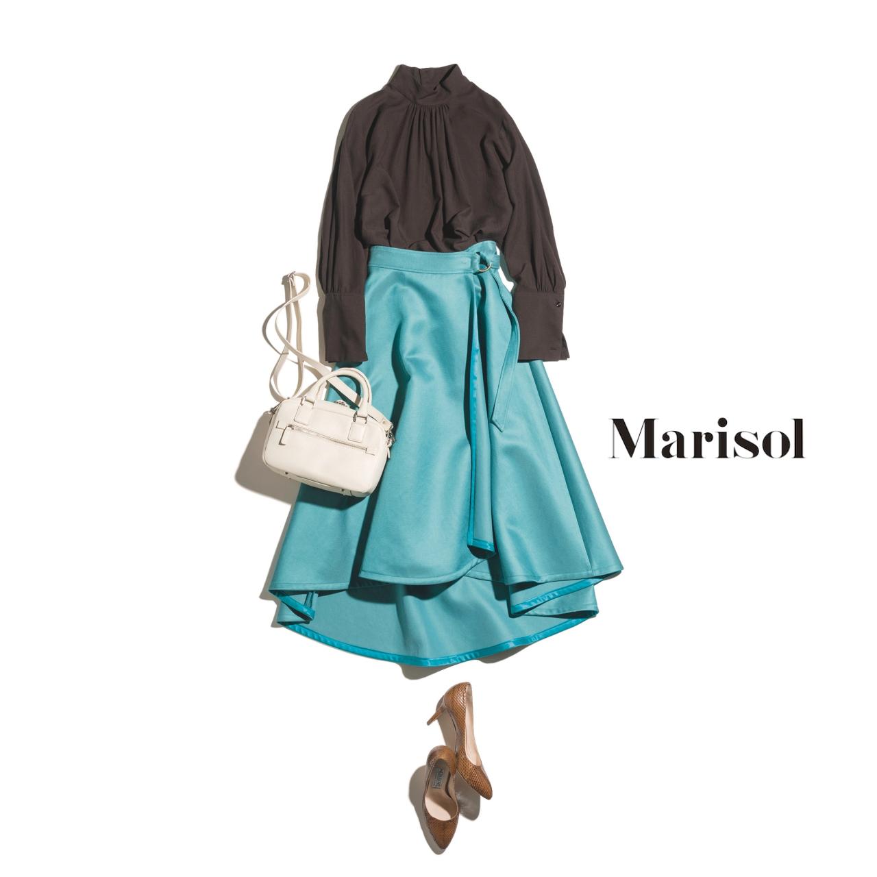 ファッション チョコブラウンブラウス×グリーンのフレアスカートコーデ