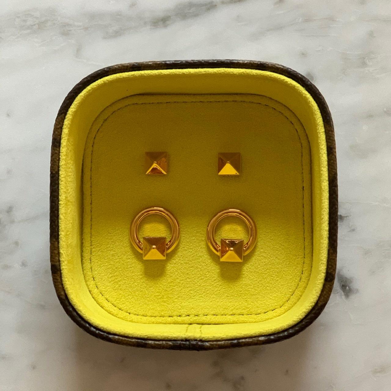 VALENTINOのイヤリング