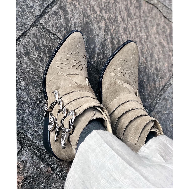 靴はお洒落のキーアイテム_1_2