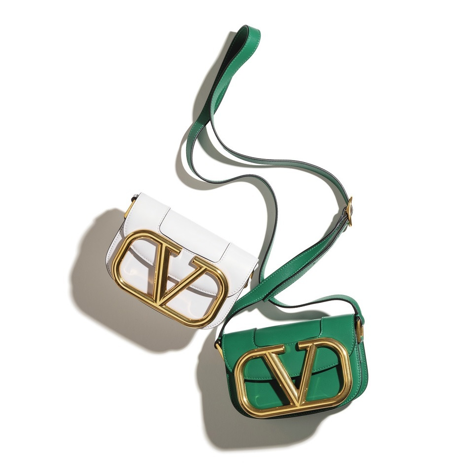 ファッション ヴァレンティノ ガラヴァーニのショルダーバッグ