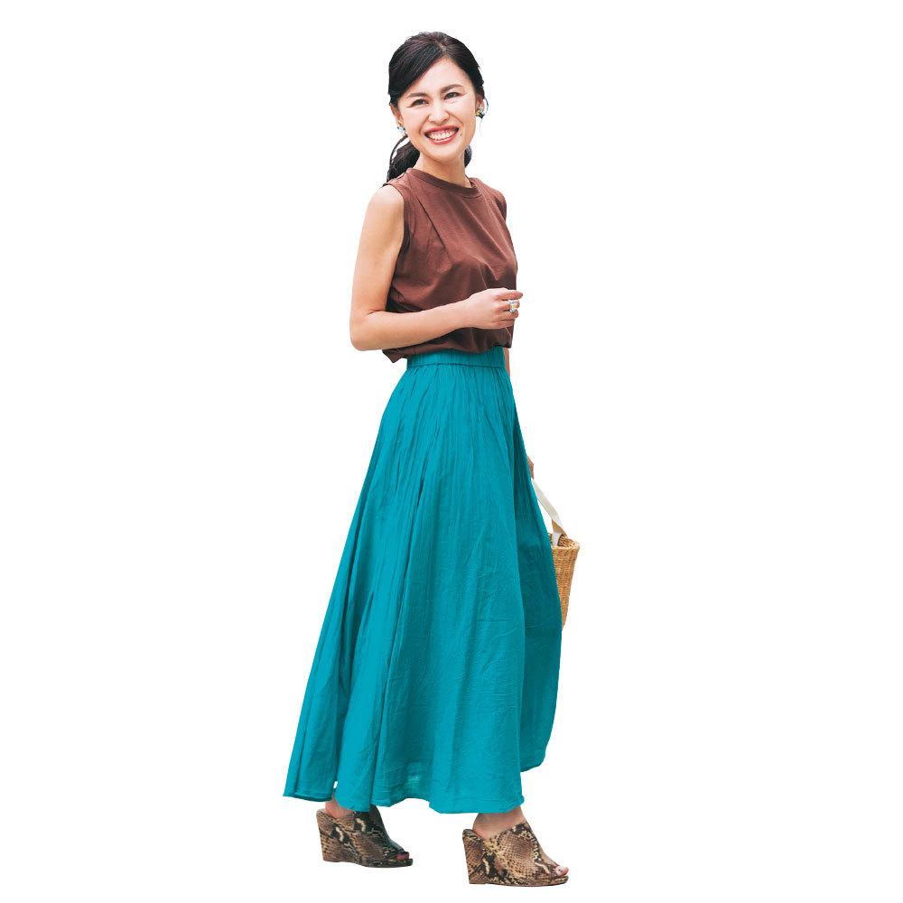 トレンドのきれい色は、華やかな笑顔と相性抜群【美女組ファッションSNAP】_1_1-3