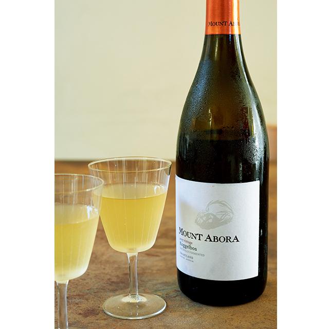 高菜漬けなど乳酸発酵のものは、うま味のある白ワインにぴったり