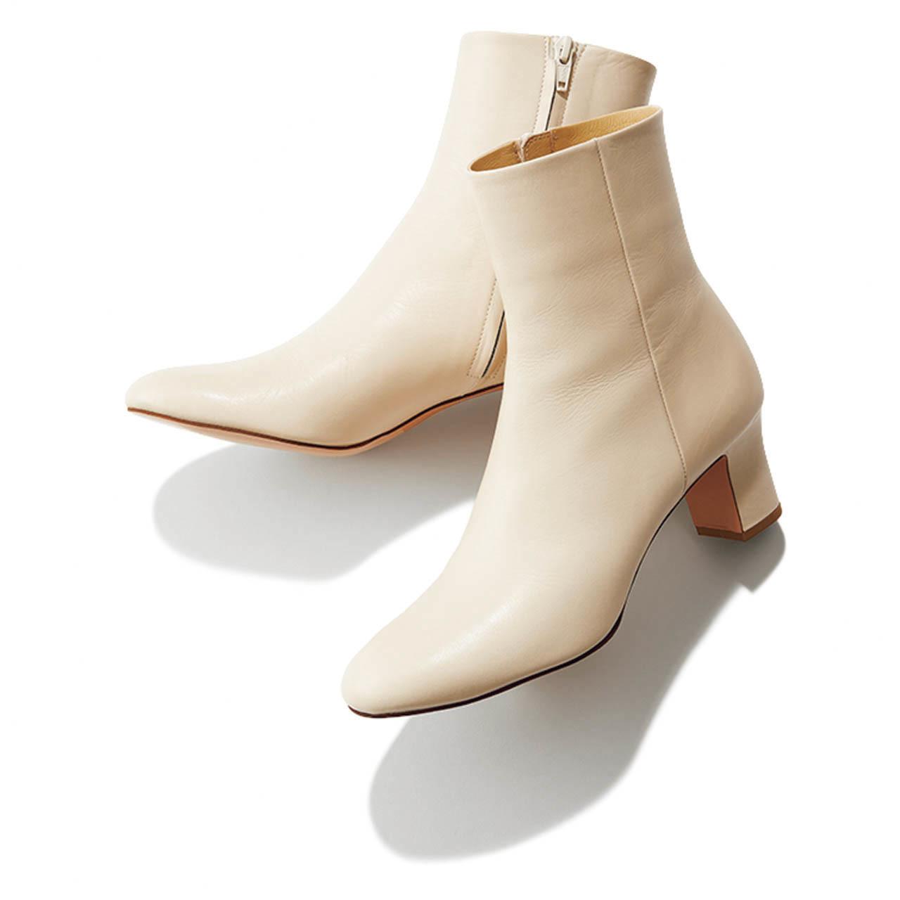 WHITE SHORT BOOTS/白ショートブーツ