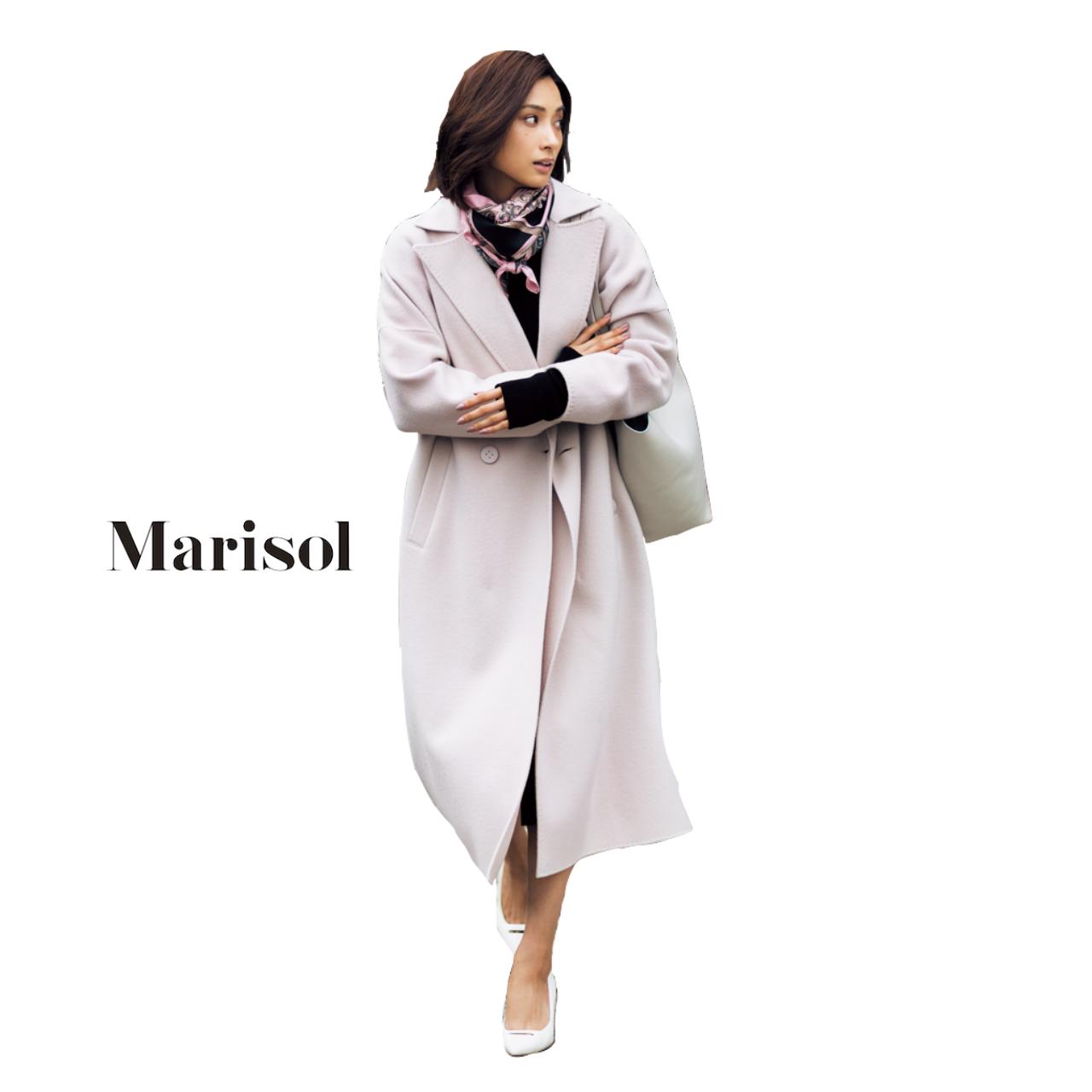 40代ファッション ピンクのゆったりコート×スカーフコーデ
