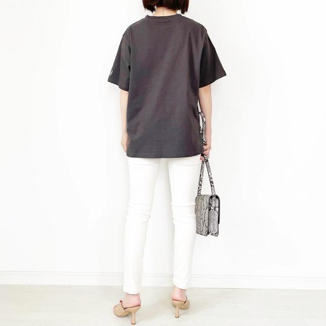 この夏の大本命!プチプラ刺繍ロゴTシャツ【tomomiyuコーデ】_1_10