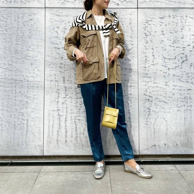 【定番アイテム】羽織るだけで簡単にこなれ感UP!ミリタリージャケットで大人の可愛げを作る_1_3