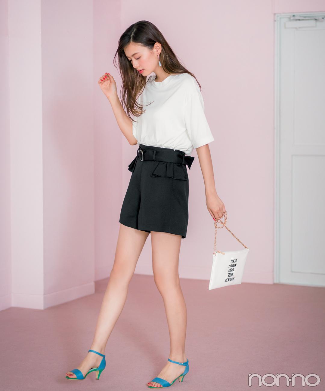 【夏のTシャツコーデ】泉はるは、腰高&細脚に見せる黒のベルトつきで脚長コーデ