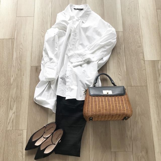 少ない服で毎日のスタイルを楽しむ【40代 私のクローゼット】_1_9