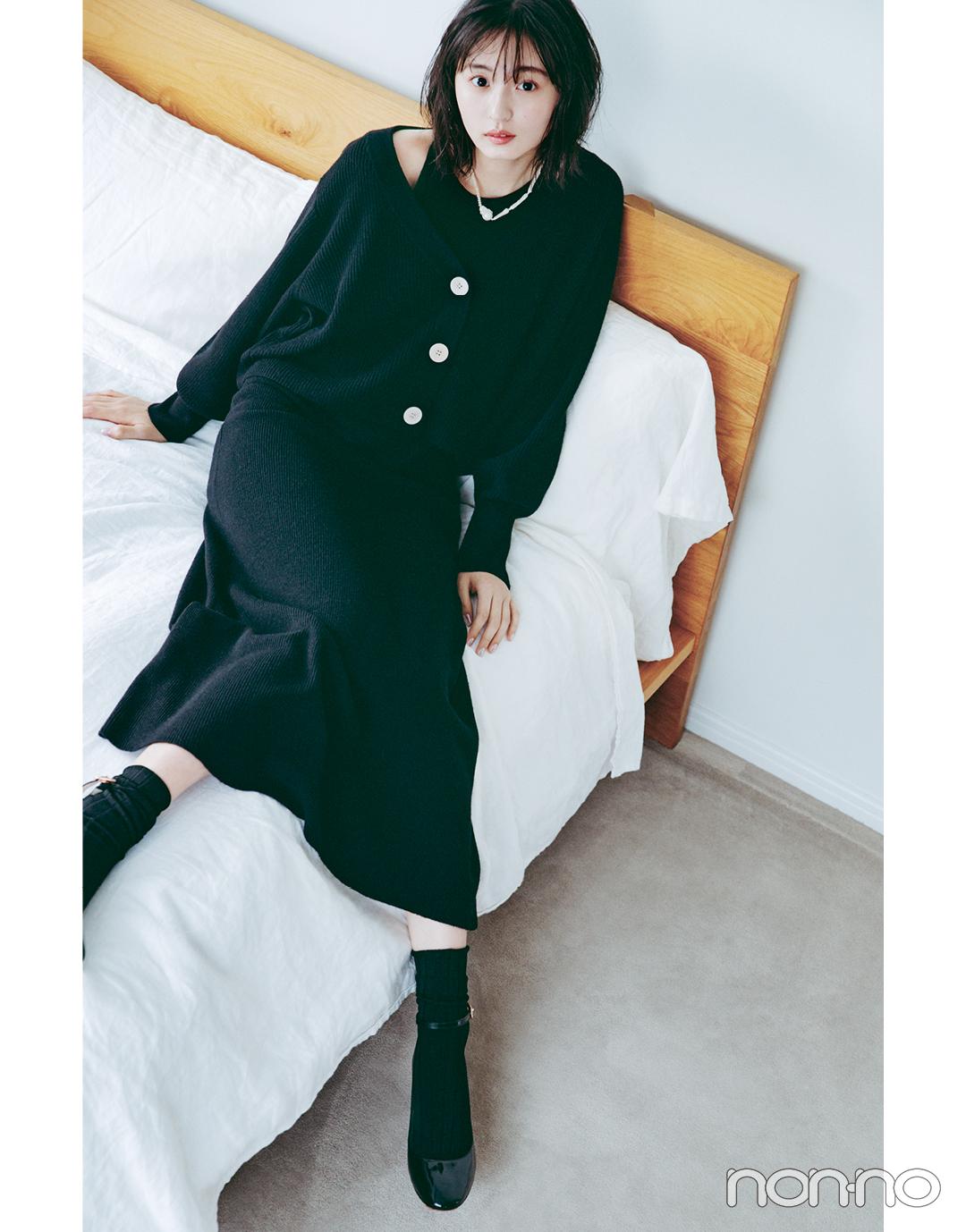 遠藤さくらSweet BLACK♡ ふんわり黒ニットでフェミニンに_1_2