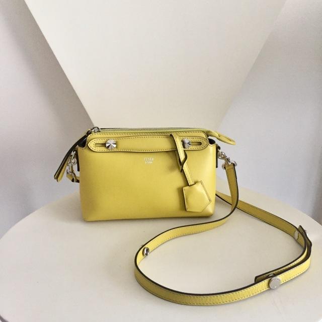 使い回し優秀なバッグの色は意外なアノ色でした_1_2