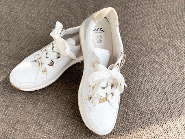 【スニーカーでおしゃれに見せるコツまとめ】アラフォーの2021夏 スニーカーコーデ実例|40代ファッション_1_39