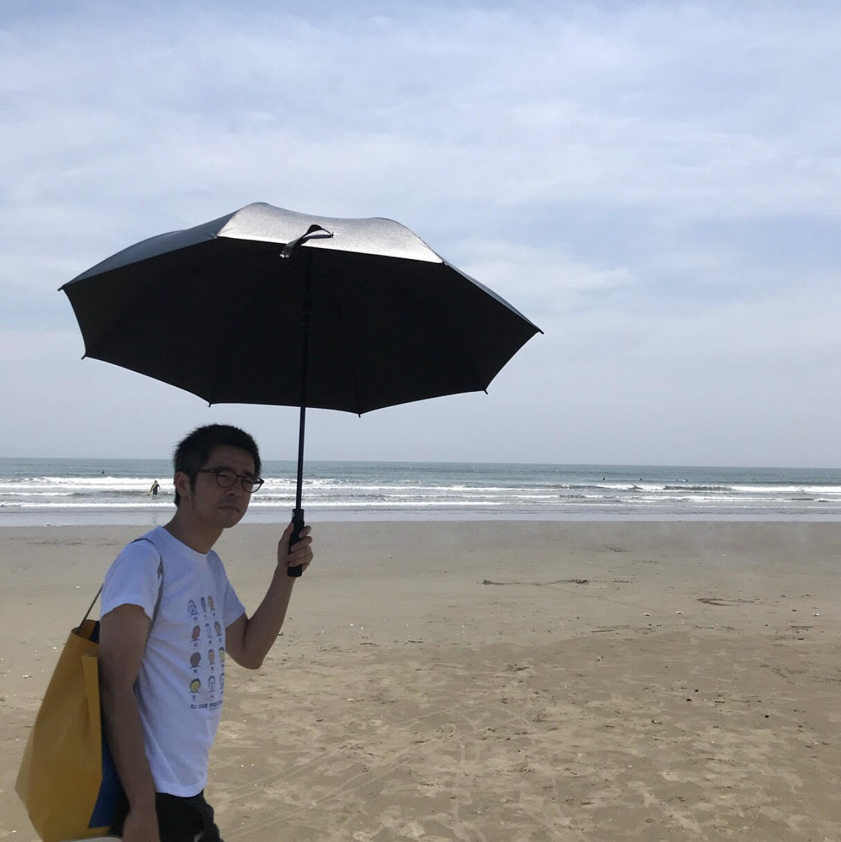 [富岡佳子private life]海ロケ_1_2