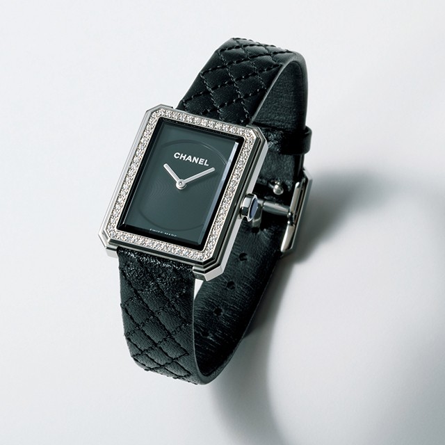 【マダム戸野塚流】働くスーツを格上げする腕時計、パンプス、アクセサリー