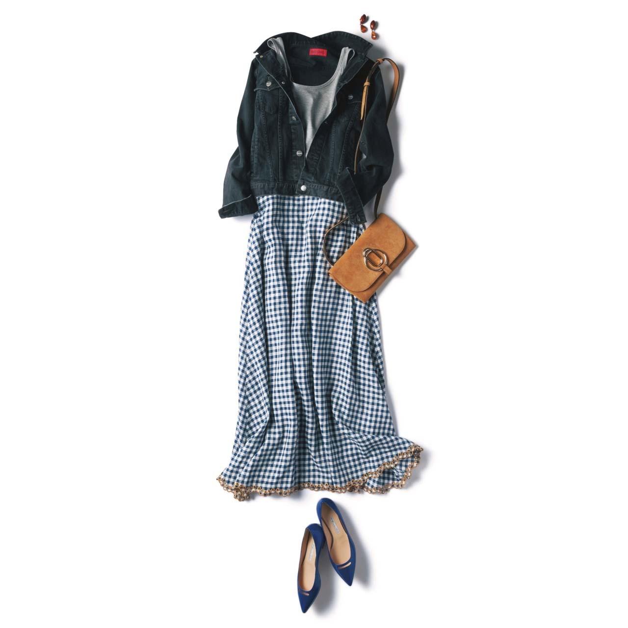 デニムジャケット×ギンガムチェックのマキシ丈スカートコーデ
