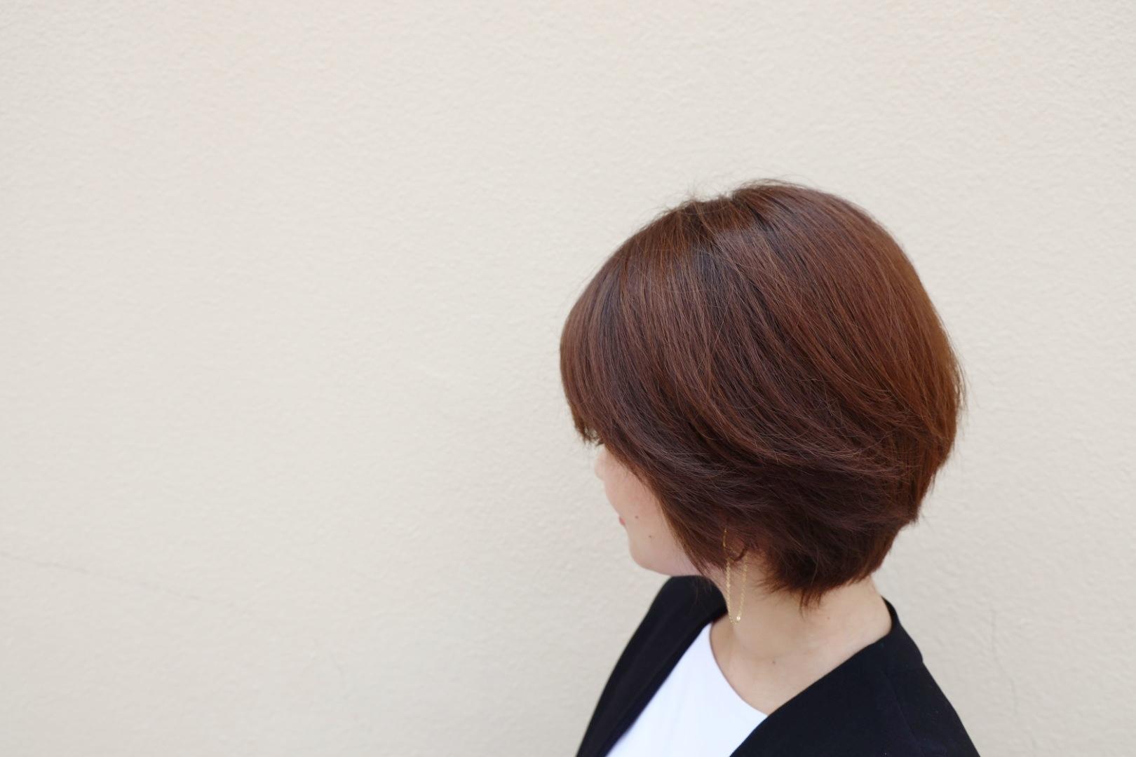 「外出自粛中でヘアサロンに行けない」問題を改善!髪の褪色をカバーする簡単ホームケア_1_4-2