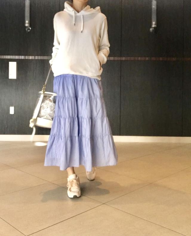 【UNIQLO】大人気メンズスウェット×きれいめスカート_1_1