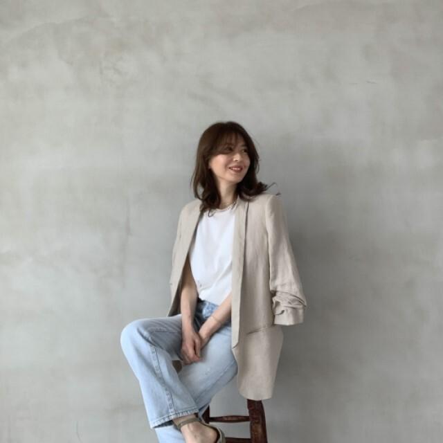 定番「白Tシャツ」の着こなしを更新! アラフォーがこなれて見えるコーデ術まとめ 40代ファッション_1_7