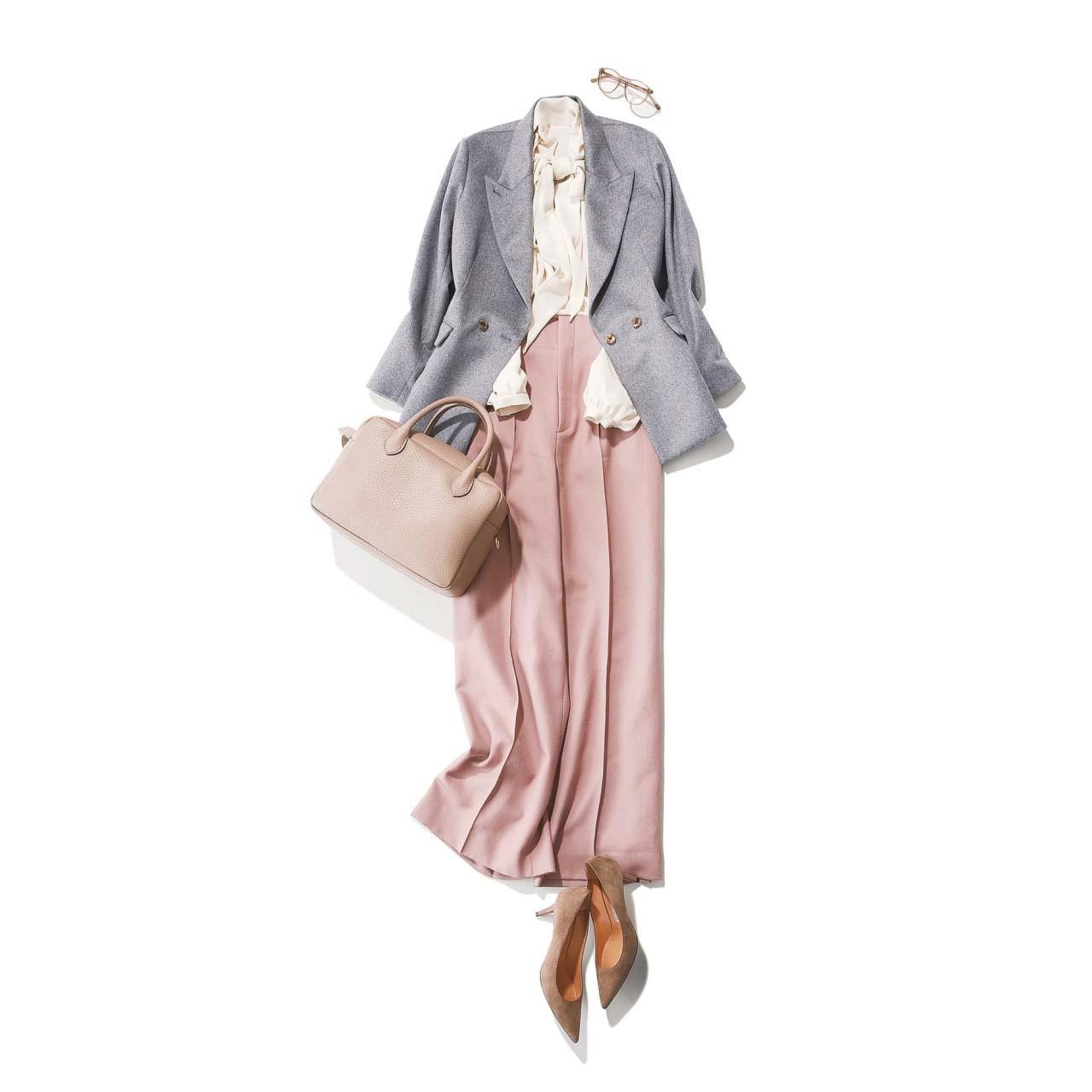 グレーのテーラードジャケット×ボウタイブラウス×ピンクのパンツコーデ