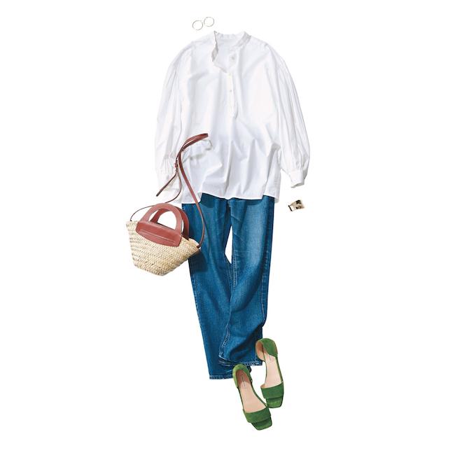白シャツ×デニムとショルダーかごバッグのコーデ