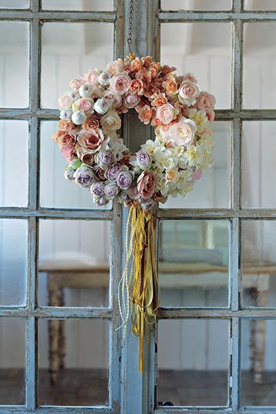 格式と優美さを添える花を 並木容子さんから学ぶクリスマスとお正月の花あしらい_1_1-1