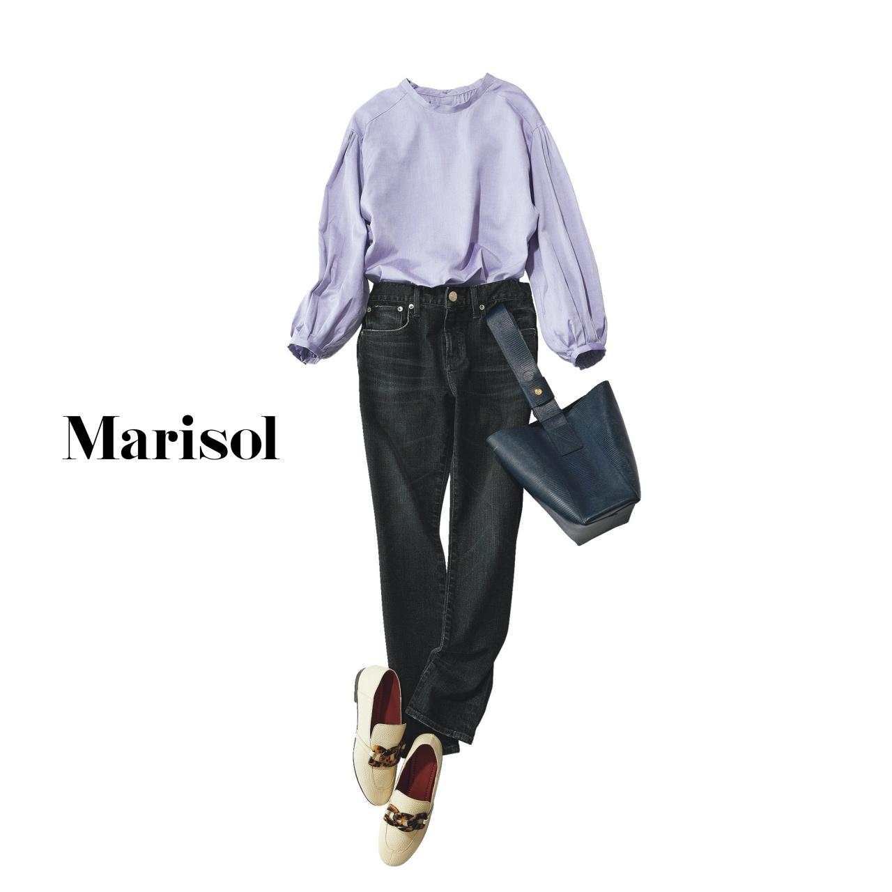 40代ファッション フェミニンブラウス×デニム×ローファーコーデ