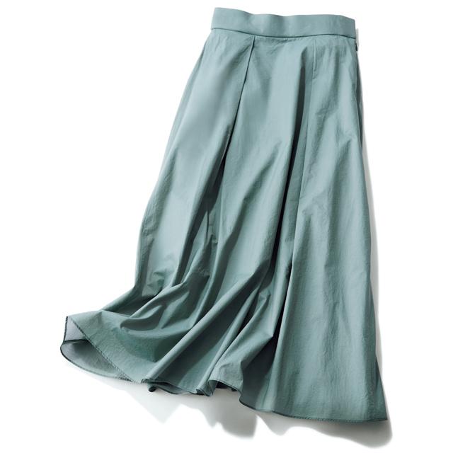 スカート選びで押さえておきたい ほっこりしない「あいまい色」