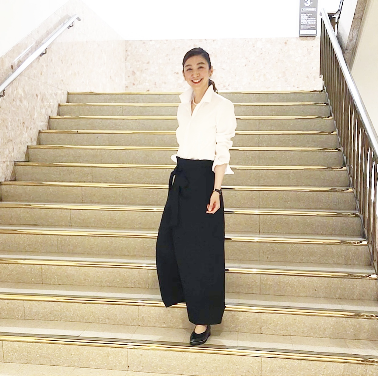 黒スカートで、新宿ビストロカフェへ♩_1_1