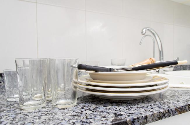 言えない。家中の食器使いきるまでシンクに洗い物をためてしまう、なんてこと【小説・じゃない側の女 番外編~酸化に負けない側の女 Vol.2】 _1_1