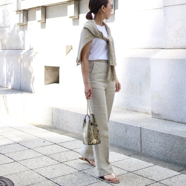 ノッペリさせない淡い色の着こなし☆_1_5