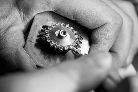 【創刊10周年記念プレゼント】7ブランドの「逸品」を13名様にプレゼント!_2_3