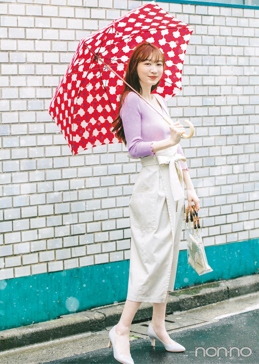 梅雨入りしても岡本夏美のおしゃれが可愛い♡ 雨の日のきれいめ靴も必見!_1_2